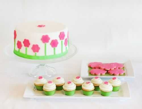 fondant cake decorating and cupcake toppers