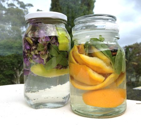 MUST TRY!! Home-made room fresheners as an alternative to artificial fragrances.