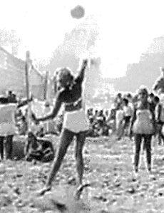 1930s: Women's tournament on Santa Monica beach