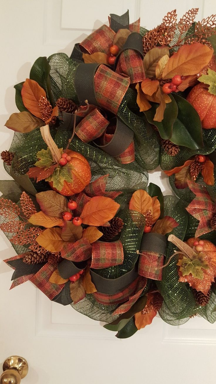 Best 25+ Fall deco mesh ideas on Pinterest | Fall deco ...