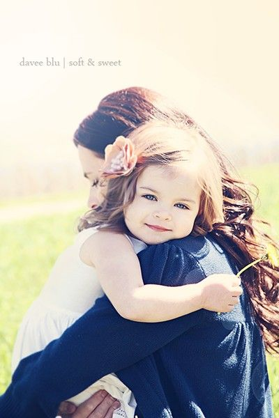 Mommy and daughter.... I want to do a Picture like this with Madison when she gets a little older!!!