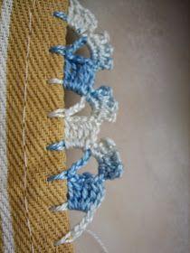 Sei que há muita crocheteira pela blogsfera...  e as crocheteira gostam de novidades, especialmente,  se a novidade é fácil de ser feita......