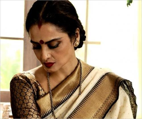 First Look of Rekha in Super Nani