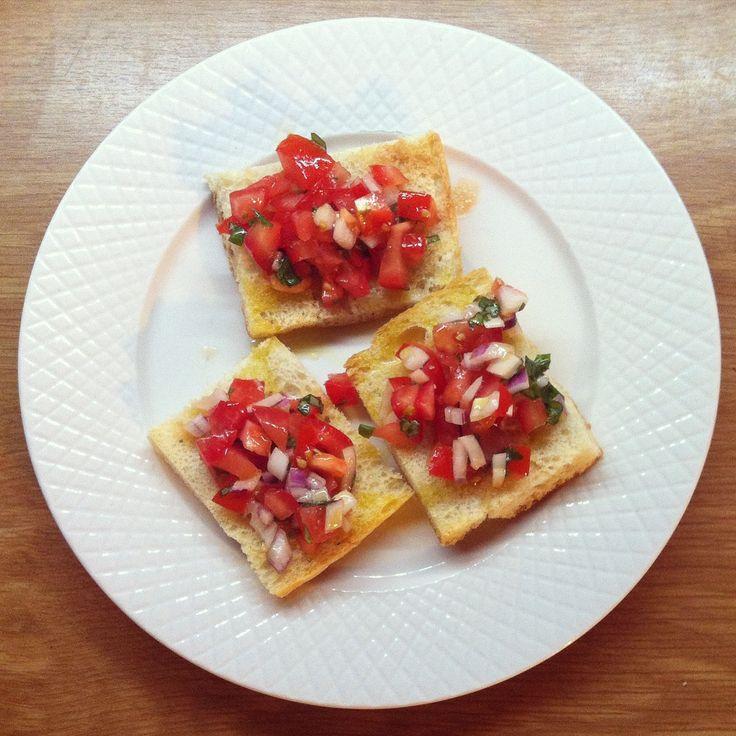Bruschetta al Pomodoro  http://www.miintorto.it/articoli/ricette/