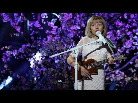 "Grace VanderWaal Explains What Simon Cowell Meant When He Called Her the ""Next Taylor Swift,"" Performs ""I Don't Know My Name"" - One Country"