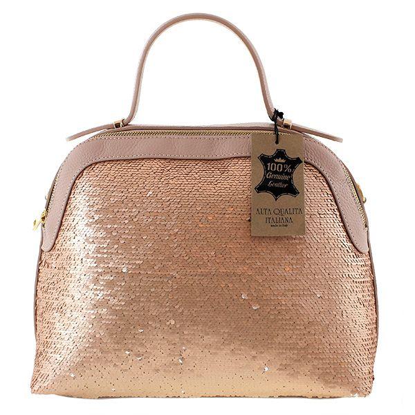 Ideale per tutte le donne dallo spirito libero, la borsa è in vera pelle ed è un'opera d'arte. Le paillette che rivestono la borsa quasi interamente donanno a questa borsa un tocco di eleganza. I colori di questa borsa sono 3: bianco, rosa e nero. La vivacità delle paillettes risaltano l'abbigliamento. My-Best da sempre realizza le proprie borse con la cura dei particolari esaltando. #bag #bags #paillettebags #paillettebag #mybestdesign