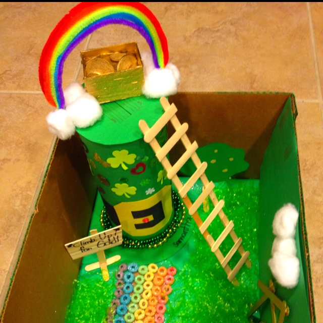 LEPRECHAUN TRAP for my daughter's school project.