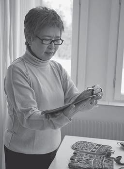 Stitch This! The Martingale BlogElegant vine appliqué: Yoko Saito's (astonishing!) technique + video - Stitch This! The Martingale Blog