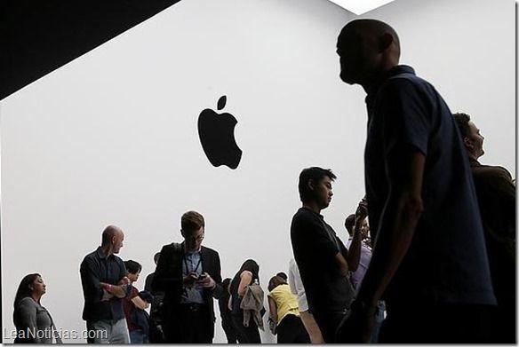 La Apple Store online se colapsa el día de las reservas del iPhone 6 - http://www.leanoticias.com/2014/09/12/la-apple-store-online-se-colapsa-el-dia-de-las-reservas-del-iphone-6/
