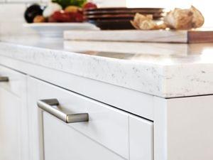 Letar du pärlgrå kök? Köksserien Gastro från Ballingslöv finns i pärlgrått och ger en lite mer elegant känsla i köket än vitt. Bli inspirerad hos Ballingslöv!