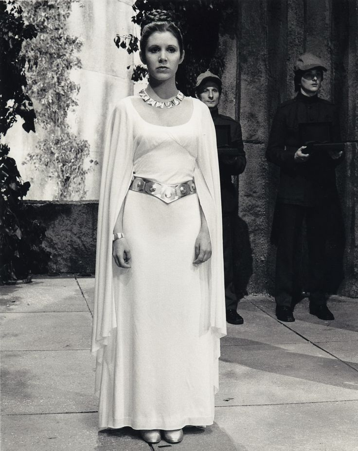 """Prop Store To Showcase Carrie Fisher's Gown From Set of Original """"Star Wars: A New Hope"""""""