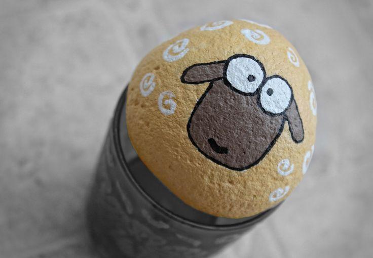 DIY painted stone like a sheep