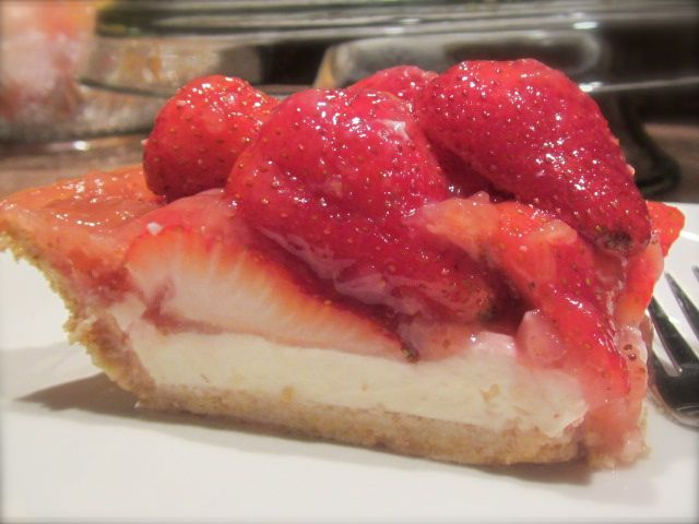 MA in the Kitchen: Dorion Strawberry Pie