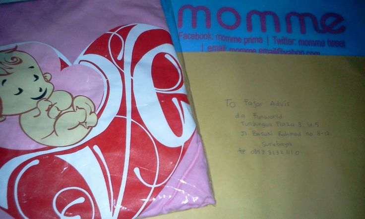 momme pregnancy gift from hubby for his wife... love love love... :) ..... SURABAYA