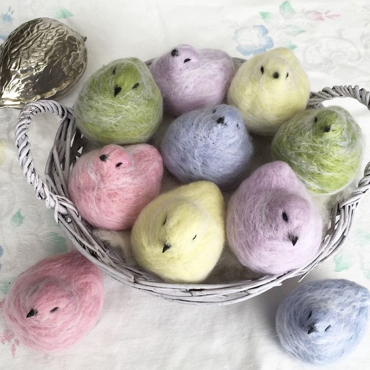 Five Felted Spring Ptarmigans. Cute wool birds table photo Easter decor by TuckamoorWildcrafts on Etsy https://www.etsy.com/listing/271171032/five-felted-spring-ptarmigans-cute-wool