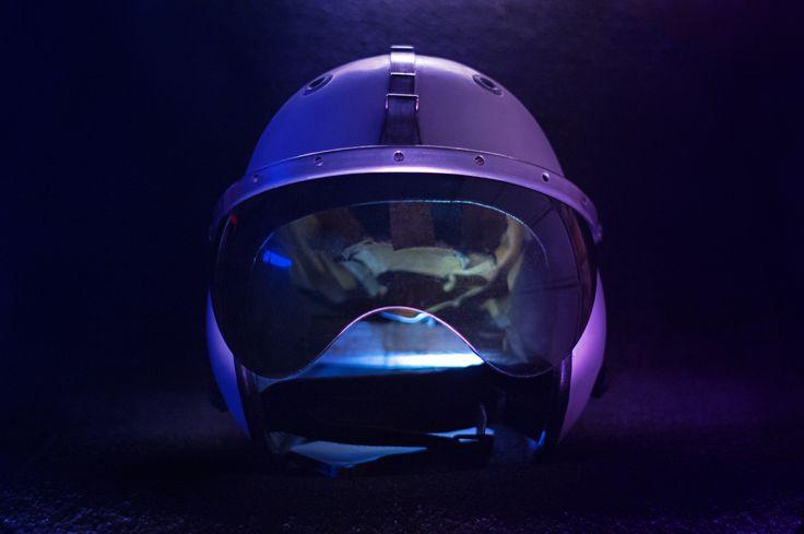 Motorcycle helmet by Łukasz Dec on tookapic