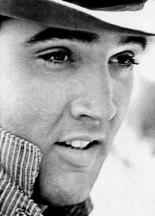 ** PLEASE VOTE FOR ELVIS ON thekingofmusic.com. COME ON ALL YOU ELVIS FANS PLEASE VOTE NOW ** Voting ends 1 Jan 2016! That's a long time but don't give up - vote every 24 hours