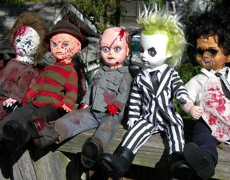Freddy Krueger  Michael Myers: Living Dead Doll Editions! | x-entertainment.com