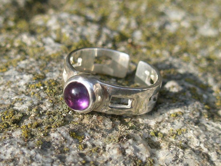 """AMETHYST PRINCESS"" ring, sterling silver 950/1000, amethyst"