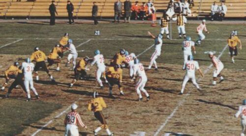 early denver photographs | ... Lionel Taylor (#87) in early Bronco action (vs. Houston 11/6/1960