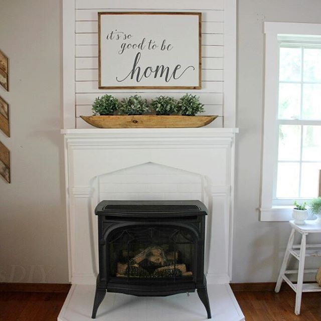 2347 best fixer upper farmhouse style images on for Farmhouse fireplace decor