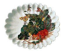Anton Anreiter von Ziernfeld, Fruttiera decorata con Piante e serpi dipinte al naturale. Ginori a Doccia, datata 1746. Museo Richard-Ginori della Manifattura di Doccia.