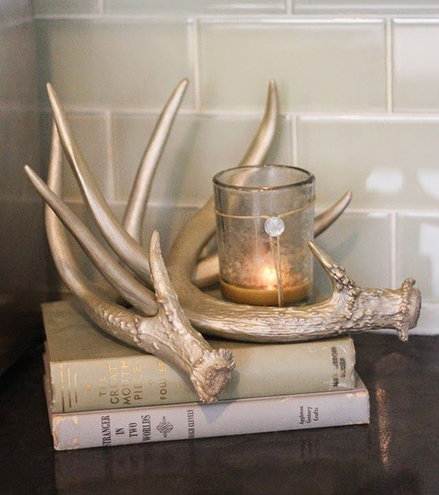 Oh So Lovely: OH DEER! ANTLER DECOR + FREE PRINTABLES @sleepysarahzzz