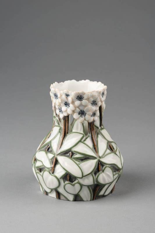 c.1899-1900 Porcelain vase manufacturer: Bing & Grøndahl, Copenhagen, design: Effie Hegermann-Lindencrone