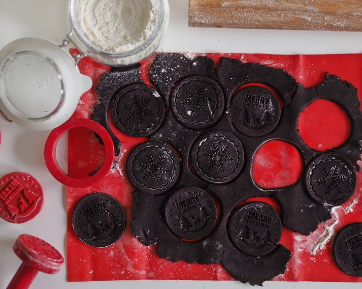Reb's kitchen: Homemade Oreo cookies by www.fresshion.com