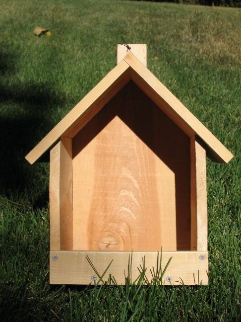 Robin or Phoebe Nest Box plus lots of other nesting box plans free