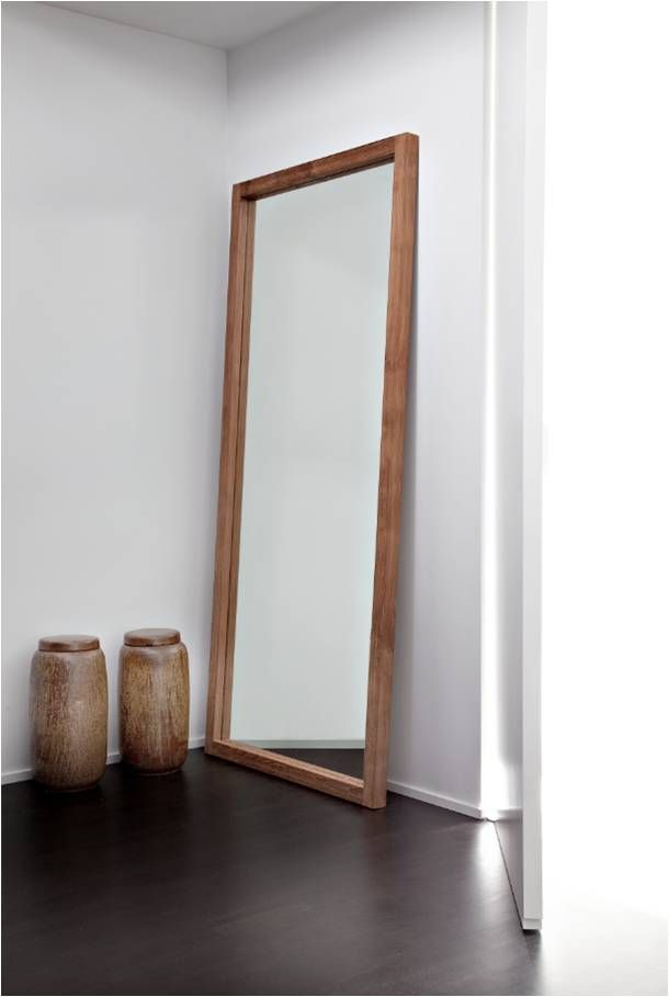 Ethnicraft Light Frame Mirror | Ethnicraft is vanaf 1 oktober te koop op http://westwing.me/ethnicraft | Westwing Home and Living