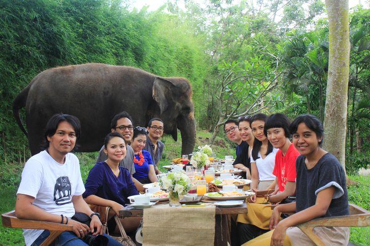 Bali Zoo Park Bali Nadipa Tour