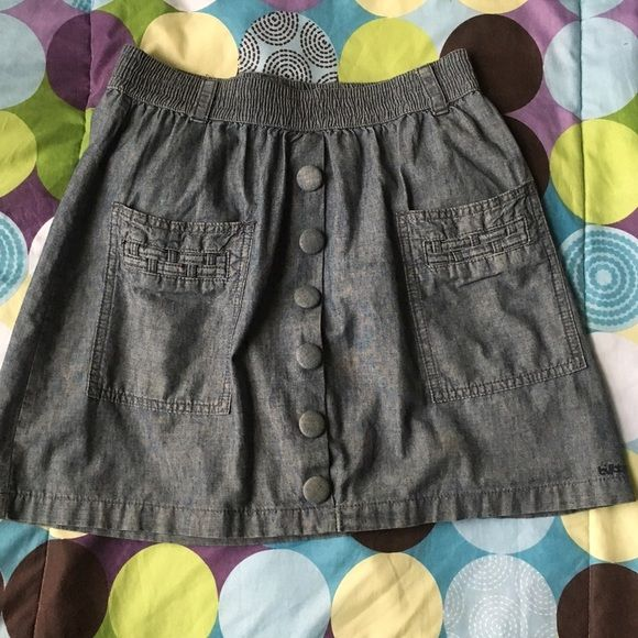 "Billabong Jean mini skirt Cute billabong Jean mini skirt 17.5"" long 100% cotton size L have 2 tiny super tiny stains on each front pocket bearly noticeable (see pictures for details) other wise super cute and in very good conditions Billabong Skirts Mini"