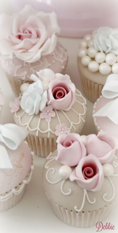Cupcakes ~ Debbie ❤