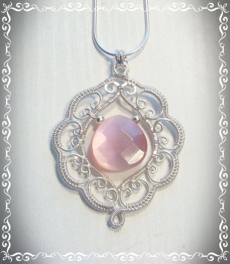 El diseño de joyas de alambre Cleo