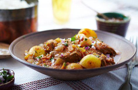 Slow cooker pork vindaloo | Recipe | Vindaloo, Pork and Slow Cooker ...
