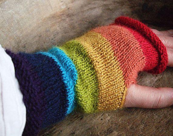 love mittens...  fingerless  handknit...  VickeVira