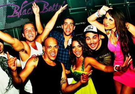 The hottest Brazilian party band brings together a traditional sound of Brazilian Carnivale' with a selection of commercial Pop hits to percussive Samba rhythms.
