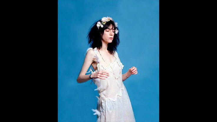 Patti Smith ~ Dancing Barefoot (HQ Audio).