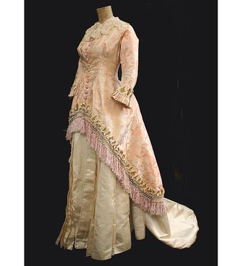 Victorian Vintage Clothing: #1636 Silk bustle gown at Vintage TextileSilk brocade/satin two-piece gown, c.1880