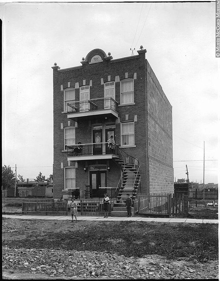 1925 iberville/beaubien Explore Le présent du passé Montréal. photos on Flickr…