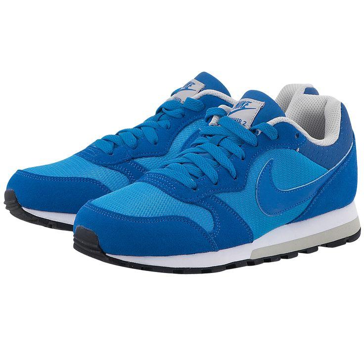 Κατευθείαν από τα 80's αλλά …με την μπογιά τους να περνά ακόμα,γυναικεία αθλητικά παπούτσια για τρέξιμοτηςNike, σε μπλε χρώμα, από mesh με δερμάτινες λεπτομέρειες και εσωτερική επένδυση mesh για καλύτερη αναπνοή. Η ενδιάμεση σόλα EVA διπλής στρώσεως χαρίζει μεγαλύτερη άνεση και στήριξη, ενώ η κυψελοειδής εξωτερική σόλα προσφέρει εξαιρετική πρόσφυση και αντοχή