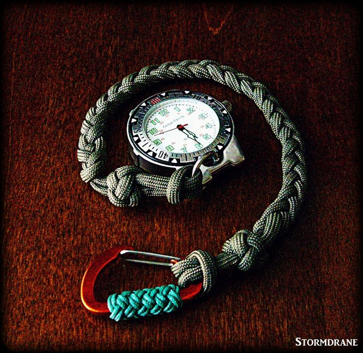 pocket watch with paracord watch fob/lanyard #ParacordCreations #CoolParacord #ParacordMustHave