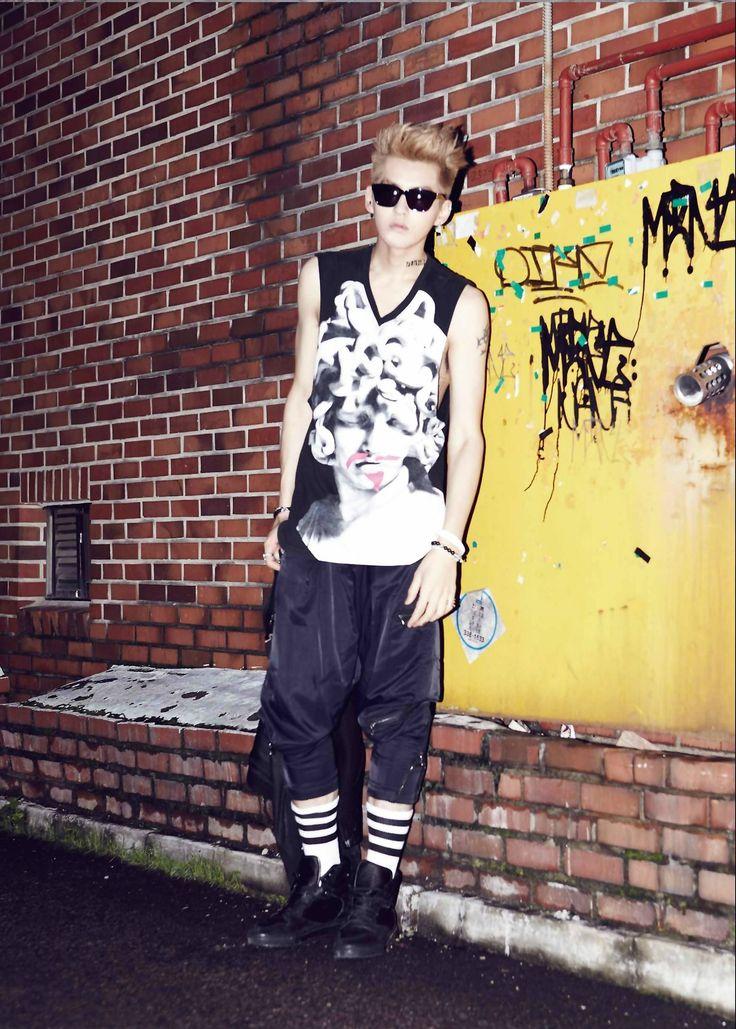 EXO XOXO: 1st. Album Repackage (2013.08.05) EXO's Kris (former member)
