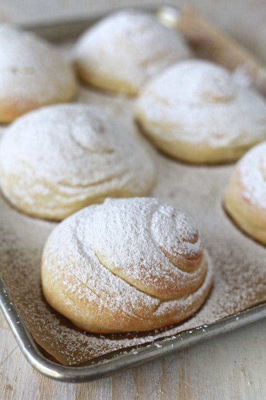 Mallorca Bread: Soft Puerto Rican Sweet Bread Rolls - The Noshery
