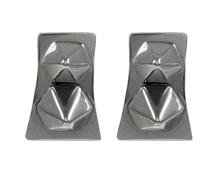 Giuliana Mancinelli Bonafaccia - Earrings with silver dipped in black ruthenium.
