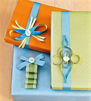 MANY gift wrapping ideas