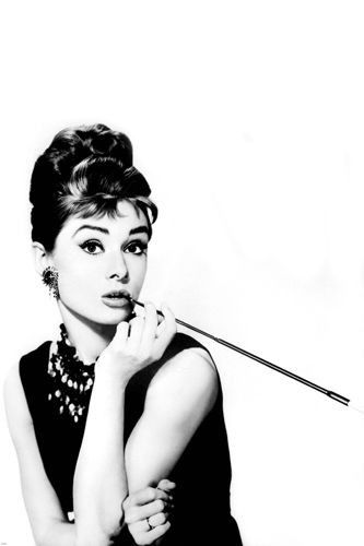 AUDREY HEPBURN BREAKFAST AT TIFFANYS publicity still poster charming 24X36-SW0