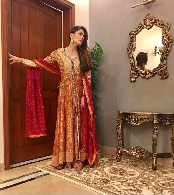 Ayeza Khan Stunning in a Burnt Orange Formal Outfit by Sana Abbas for the Recording of an Eid Show! Styled by #AnilaMurtaza Hair and Makeup by #Nabila_Salon #Gorgeous #Elegant #BurntOrange #LongAnarkaliFrock #SanaAbbasOfficial #Beautiful #AyezaKhan #EidShow #EidCollection17 #PakistaniFashion #PakistaniActresses #PakistaniCelebrities