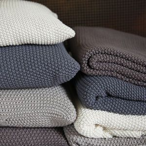 """Moss Stitch Cotton Throw 